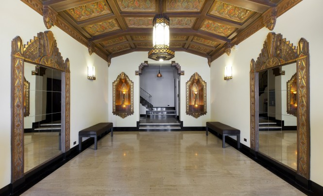 1895Pacific203_Lobby